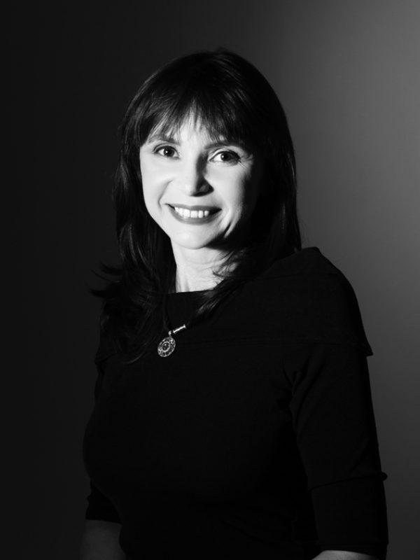 Ukrainian-Australian-Writer-Svitlana-Yakovenko-Author